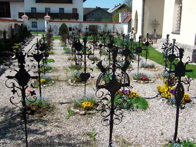 Grabkreuze von Rabenden